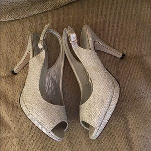 Pierre Dumas Women's Size 6 Silver Heels Shoes
